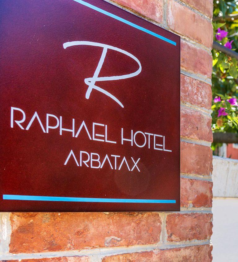 Storia Raphael Hotel